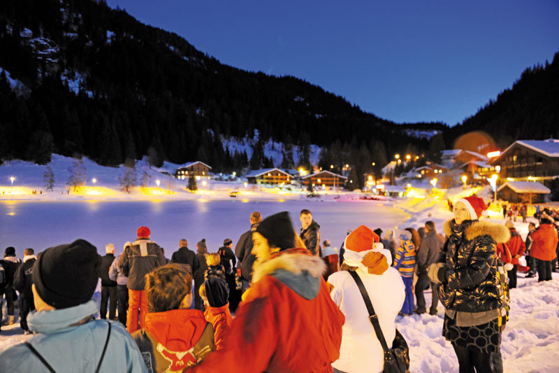 Chatel Christmas Famille Plus