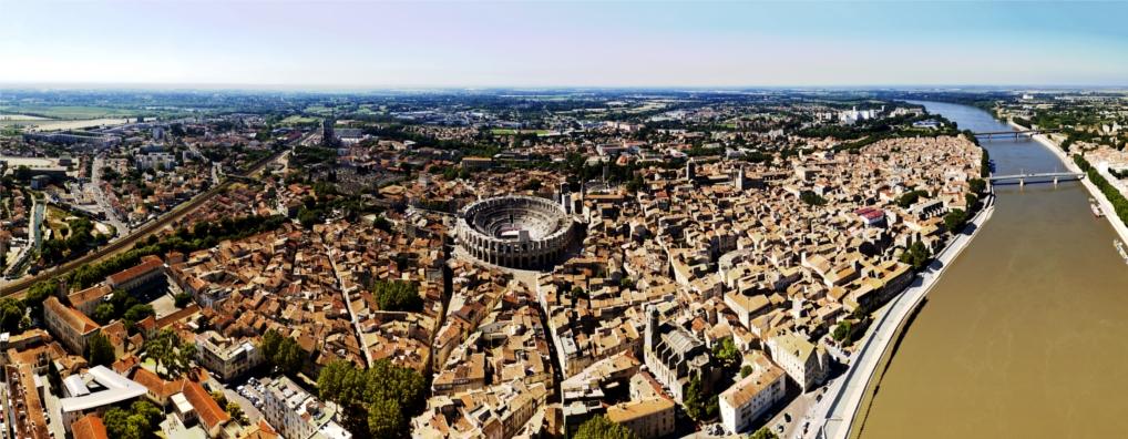 Arles ville