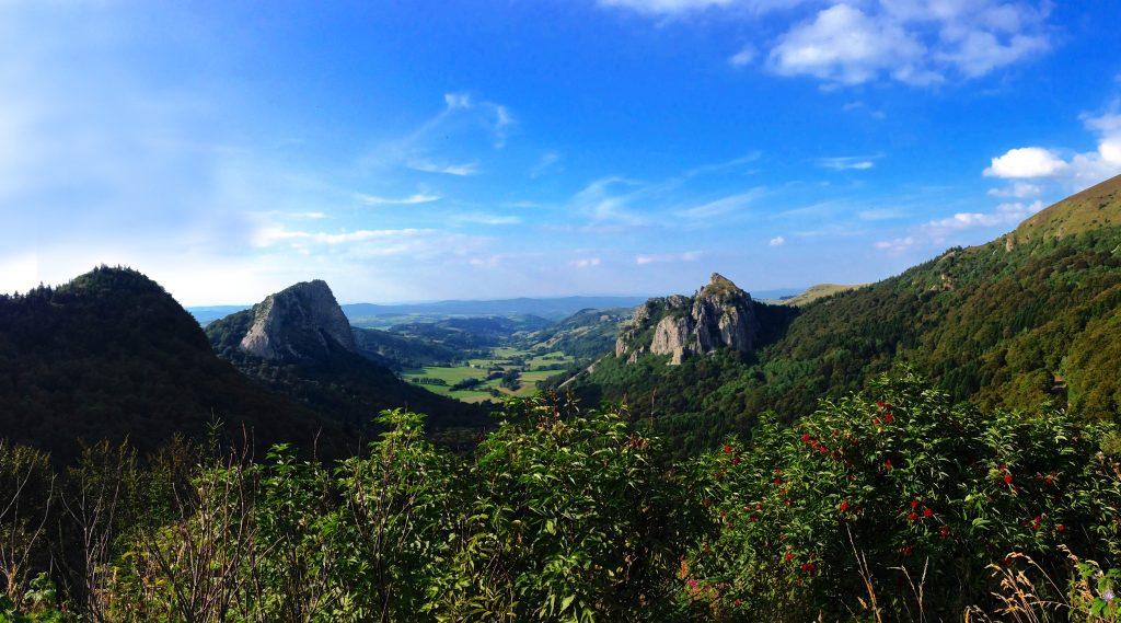 Roches_Tuillère_et_Sanadoire_(Parc_naturel_régional_des_volcans_d'Auvergne)