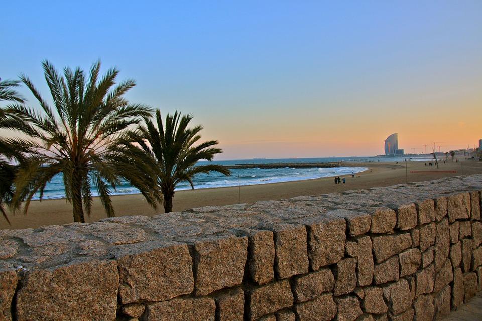beach-2708207_960_720