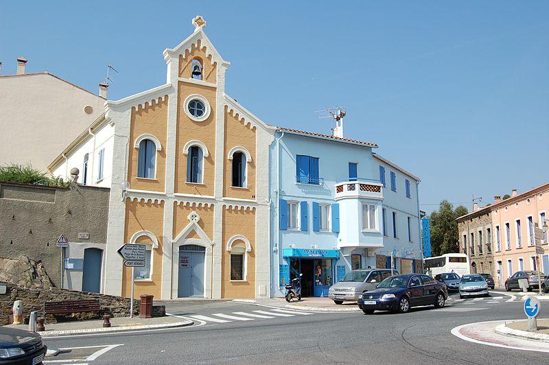 800px-Temple_de_la_ville_de_Collioure_1