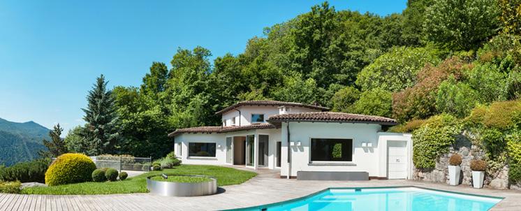 Maisons de vacances et villas en été